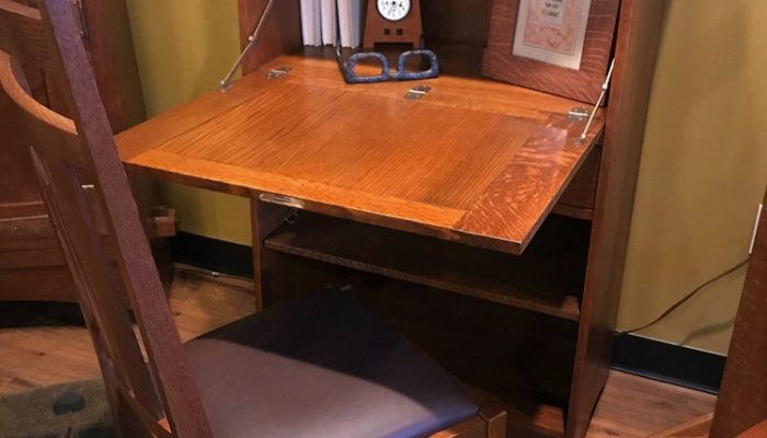 stickley-2018-collector-desk