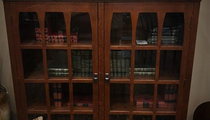 stickley-gus-commemorative-bookcase-89-510